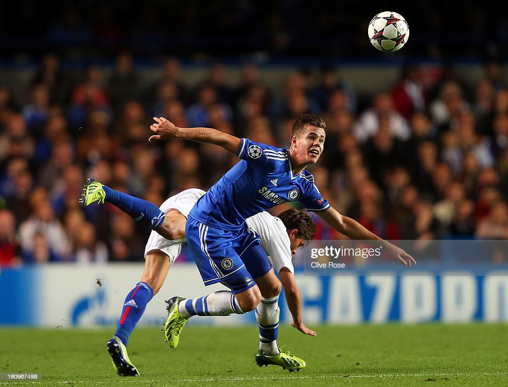 <a gi-track='captionPersonalityLinkClicked' href=/galleries/search?phrase=Marco+van+Ginkel&family=editorial&specificpeople=8048333 ng-click='$event.stopPropagation()'>Marco van Ginkel</a> of Chelsea in action during the UEFA Champions League Group E Match between Chelsea and FC Basel at Stamford Bridge on September 18, 2013 in London, England.