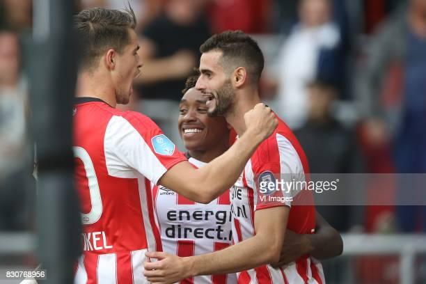 Marco van Ginkel of PSV Steven Bergwijn of PSV Gaston Pereiro of PSV during the Dutch Eredivisie match between PSV Eindhoven and AZ Alkmaar at the...