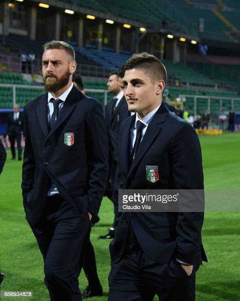 Marco Verratti and Daniele De Rossi of Italy look on during the Italy pitch inspetcion at Stadio Renzo Barbera on March 23 2017 in Palermo Italy