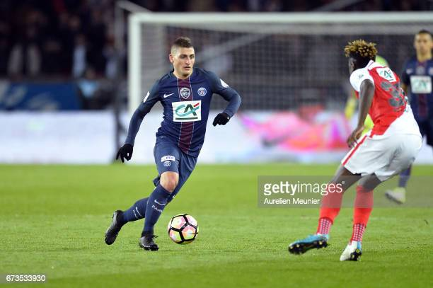 Marco Verratti of Paris SaintGermain runs with the ball during the French Cup SemiFinal match between Paris SaintGermain and As Monaco at Parc des...