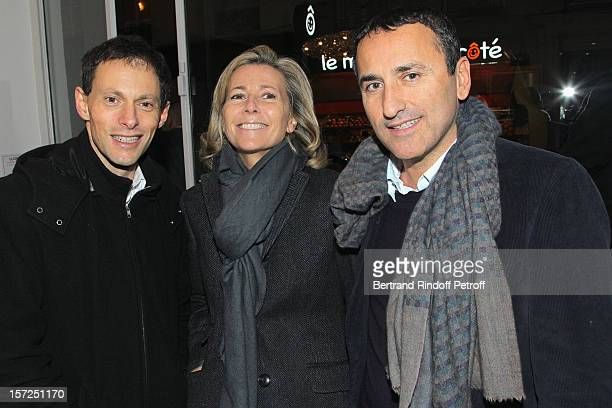 MarcOlivier Fogiel anchorwoman Claire Chazal and Pascal Houzelot attend a traditional craftsman food tasting at La Cornue boutique on November 30...
