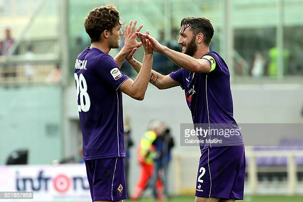 Marcos Alonso and Gonzalo Rodriguez of ACF Fiorentina celebrates the victory after the Serie A match between ACF Fiorentina and US Sassuolo Calcio at...