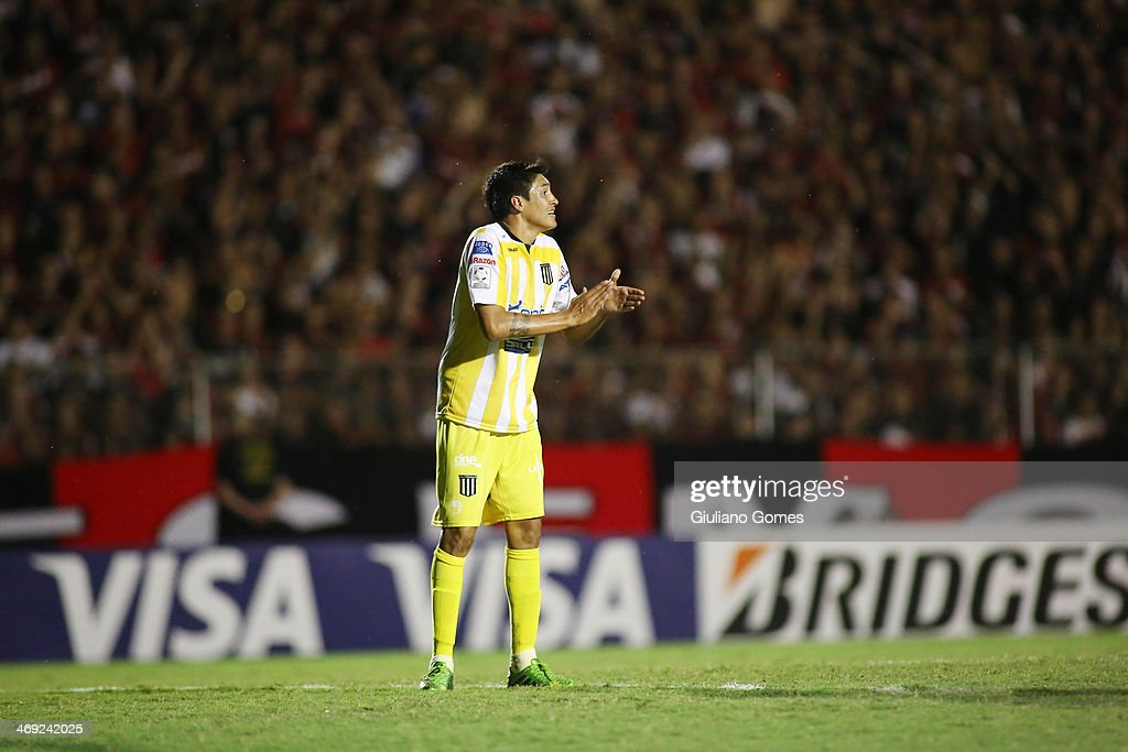 Marcos Barrera of The Strongest in action during a match between Atletico Paranaense and The Strongest as part of Copa Bridgestone Libertadores 2014 at Durival Britto Stadium on February 13, 2014 in Curitiba, Parana, Brazil.