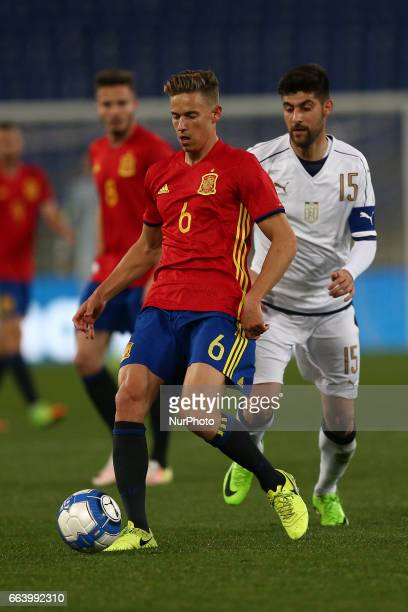 Marcos Llorente of Spain U21 compete for the ball with Marco Benassi of Italy U21 during the International Friendly Under 21 Italia v Spagna at...
