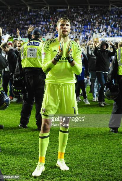 Marcus Bettinelli of Fulham shows appreciation to the fans after the Sky Bet Championship Play Off Second Leg match between Reading and Fulham at...