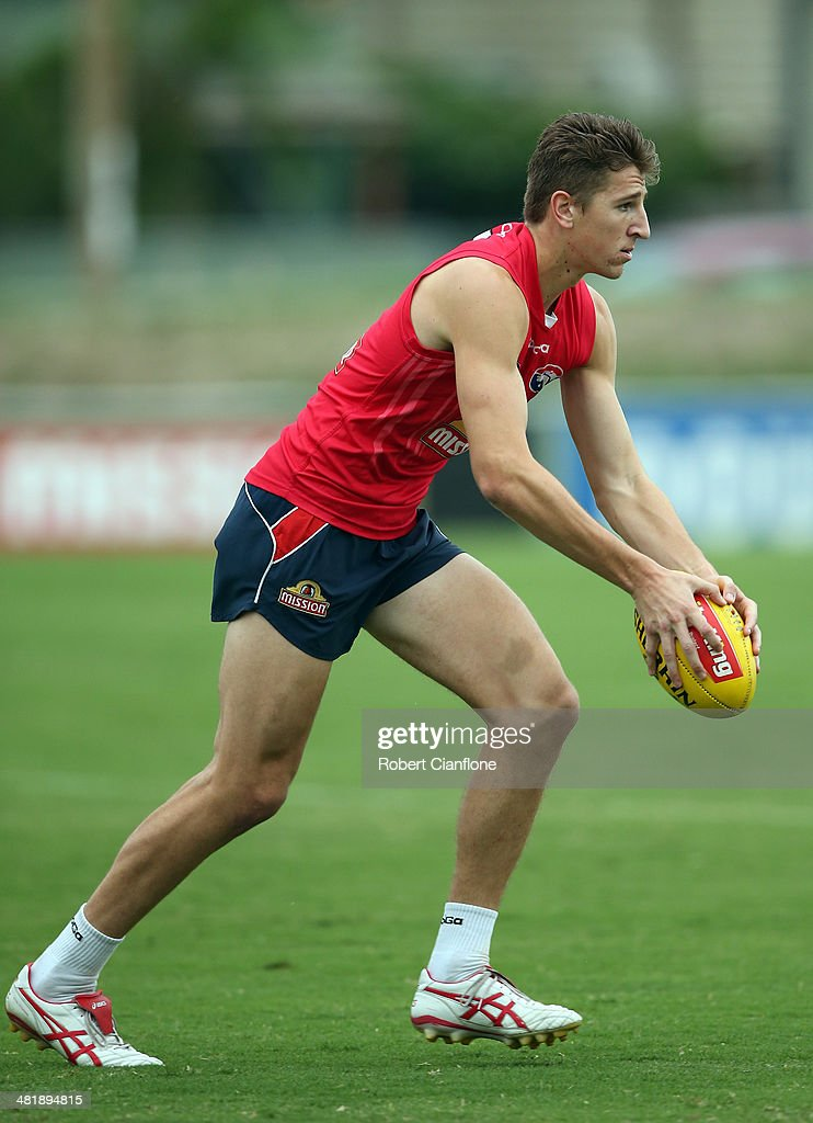Marcus Bontempelli of the Bulldogs controls the ball during a Western Bulldogs AFL training session at Whitten Oval on April 2, 2014 in Melbourne, Australia.
