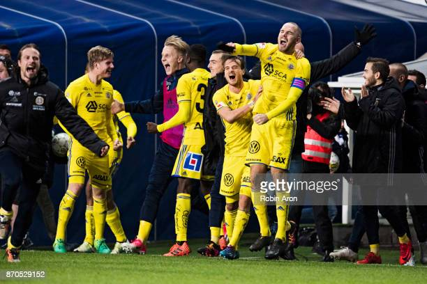 Marcus Danielsson Eric Larsson and the team of GIF Sundsvall celebrates after the victory in the Allsvenskan match between IFK Goteborg and GIF...