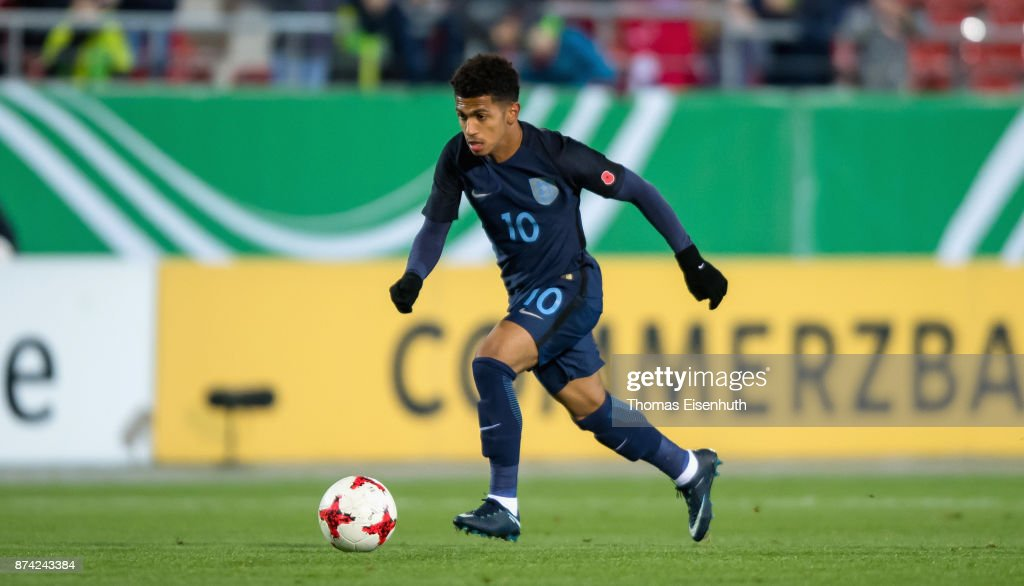 Marcus Edwards of England plays the ball during the Under 20 International Friendly match between U20 of Germany and U20 of England at Stadion Zwickau on November 14, 2017 in Zwickau, Germany.