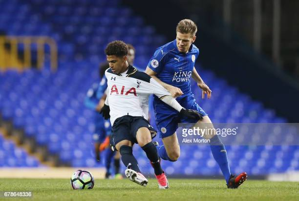 Marcus Edwards of Tottenham and Dean Hammond of Leicester during the Premier League 2 match between Tottenham Hotspur and Leicester City at White...