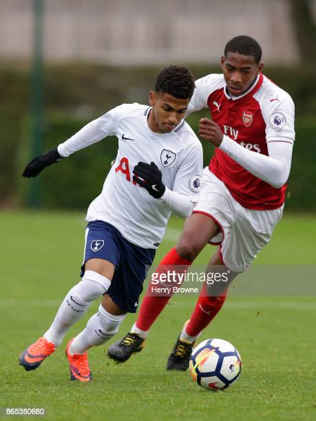 Marcus Edwards of Tottenham Hotspur and Zech Medley of Arsenal during the Premier League 2 game between Tottenham Hotspur and Arsenal on October 23...