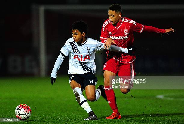 Marcus Edwards of Tottenham Hotspur battles for the ball with Marcus Tavernier of Middlesbrough during the FA Youth Cup Fourth Round match between...