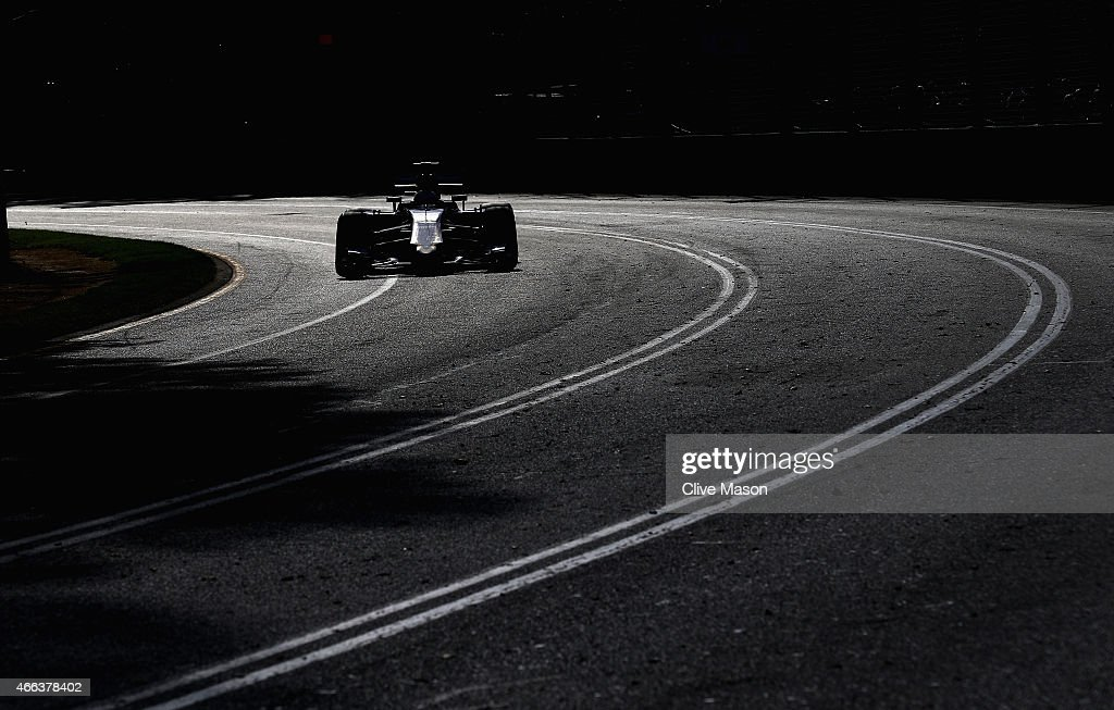 Marcus Ericsson of Sweden and Sauber F1 drives during the Australian Formula One Grand Prix at Albert Park on March 15, 2015 in Melbourne, Australia.