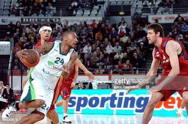Marcus Haislip #24 of Unicaja in action during the Euroleague Basketball Top 16 Game 1 match between Lottomatica Roma v Unicaja on January 29 2009 at...