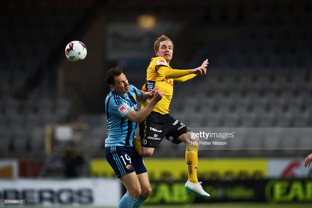 Marcus Hansson of Djurgardens IF and Simon Lundevall of IF Elfsborg competes for the ballduring the Allsvenskan match between IF Elfsborg and Djurgardens IF at Boras Arena on April 28, 2016 in Boras, Sweden.