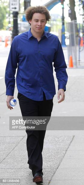 Marcus Hutchins the British cyber security expert accused of creating and selling malware that steals banking passwords arrives at US Federal...