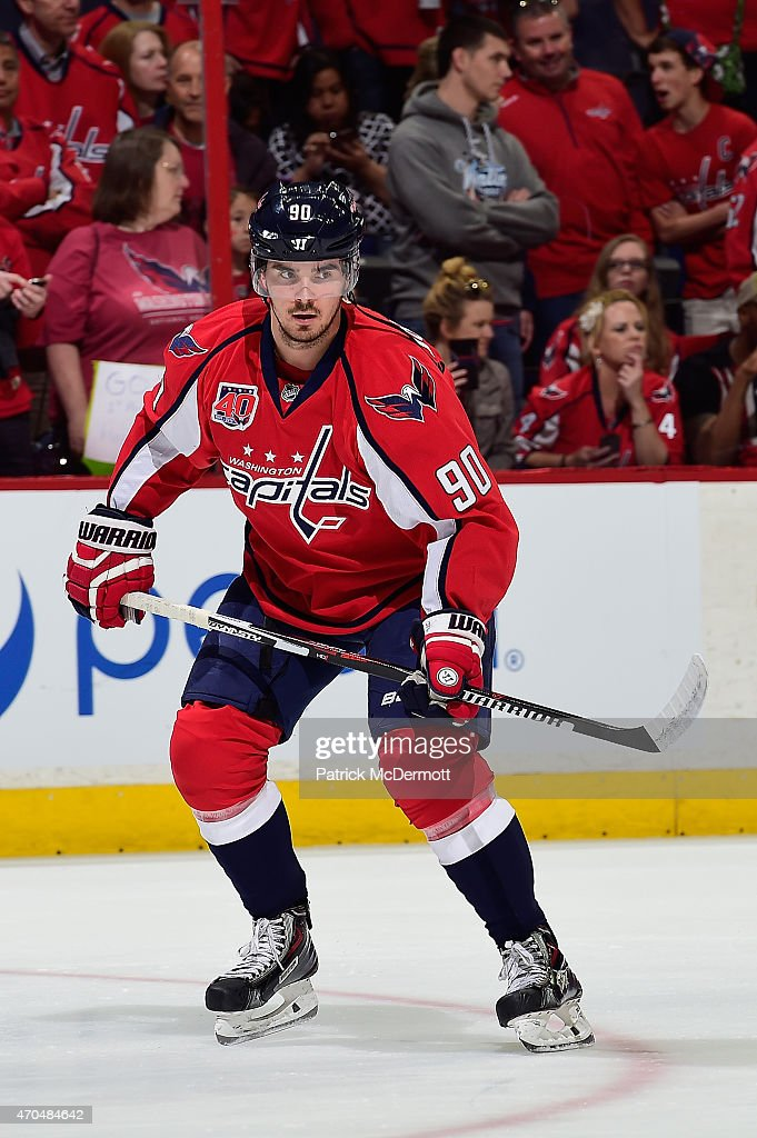 Marcus Johansson of the Washington Capitals warms up before playing against the New York Islanders in Game Two of the Eastern Conference...