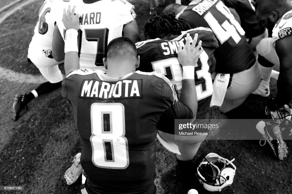 Baltimore Ravens v Tennessee Titans : Fotografia de notícias