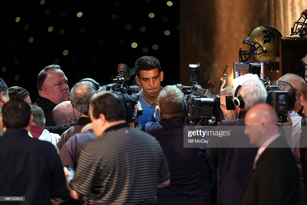 Marcus Mariota winner of the Maxwell Award for College Player of the Year attends the 78th Annual Maxwell Football Club Awards Gala Press Conference at the Tropicana Casino March 13, 2015 in Atlantic City, New Jersey.
