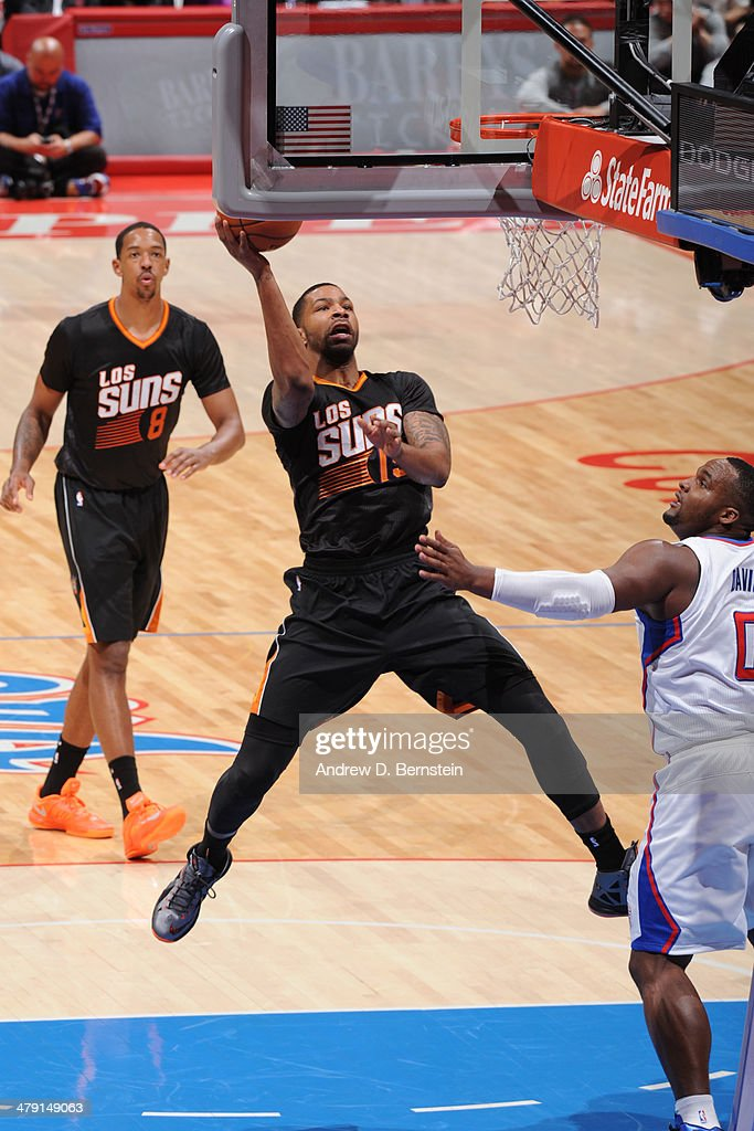 Marcus Morris #15 of the Phoenix Suns drives to the basket against the Los Angeles Clippers at Staples Center on March 10, 2014 in Los Angeles, California.