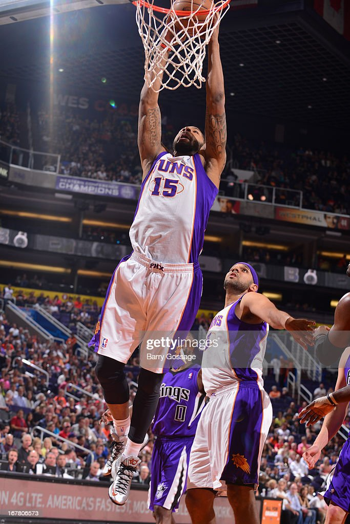 Marcus Morris #15 of the Phoenix Suns dunks the ball against the Sacramento Kings on March 28, 2013 at U.S. Airways Center in Phoenix, Arizona.