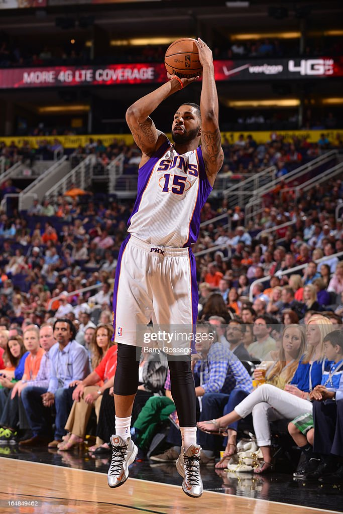 Marcus Morris #15 of the Phoenix Suns shoots against the Sacramento Kings on March 28, 2013 at U.S. Airways Center in Phoenix, Arizona.