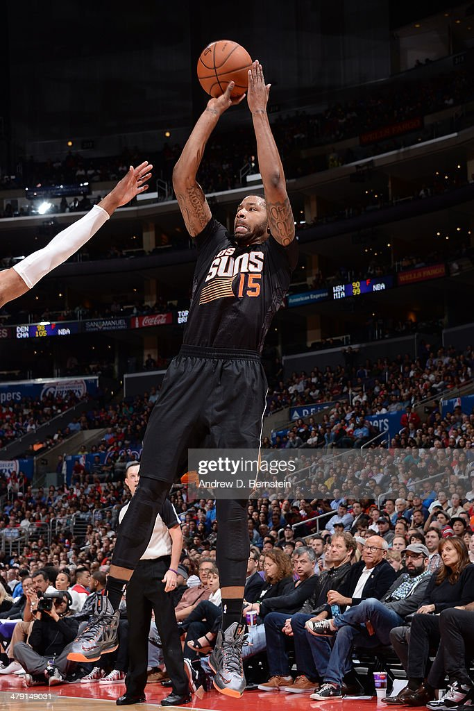 Marcus Morris #15 of the Phoenix Suns shoots the ball against the Los Angeles Clippers at Staples Center on March 10, 2014 in Los Angeles, California.