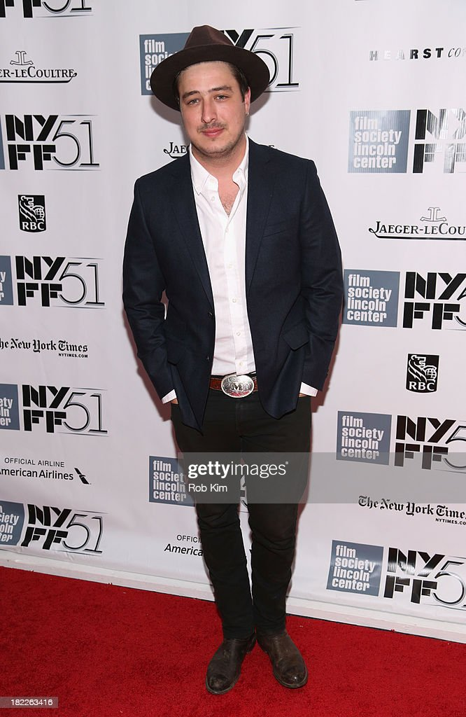 <a gi-track='captionPersonalityLinkClicked' href=/galleries/search?phrase=Marcus+Mumford&family=editorial&specificpeople=5385533 ng-click='$event.stopPropagation()'>Marcus Mumford</a> attends the 'Inside Lleywn Davis' premiere during the 51st New York Film Festival at Alice Tully Hall at Lincoln Center on September 28, 2013 in New York City.