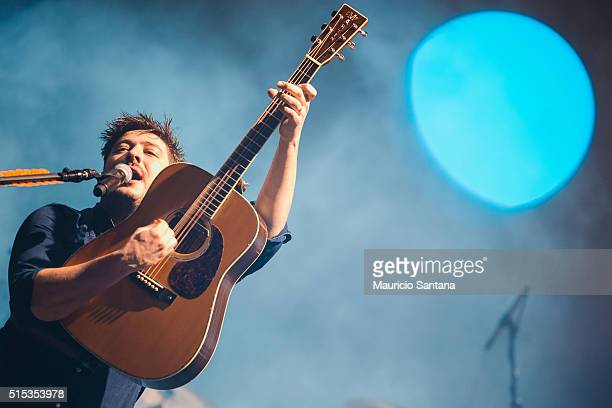 Marcus Mumford of Mumford and Sons performs live on stage during day one of 2016 Lollapalooza Brazil at Autodromo de Interlagos on March 12 2016 in...