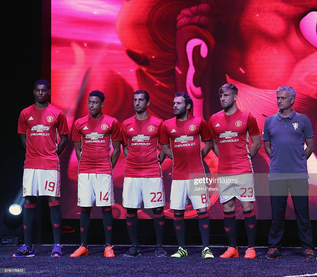 Hilo del Manchester United Marcus-rashford-jesse-lingard-henrikh-mkhitaryan-juan-mata-luke-shaw-picture-id579175942
