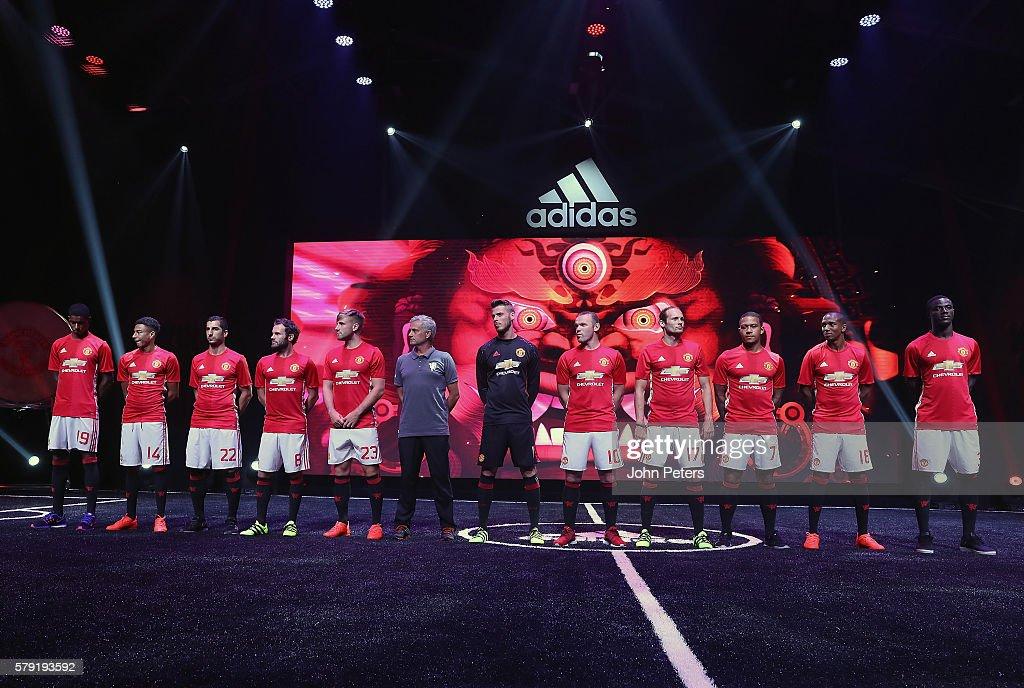 Hilo del Manchester United Marcus-rashford-jesse-lingard-henrikh-mkhitaryan-juan-mata-luke-shaw-picture-id579193592