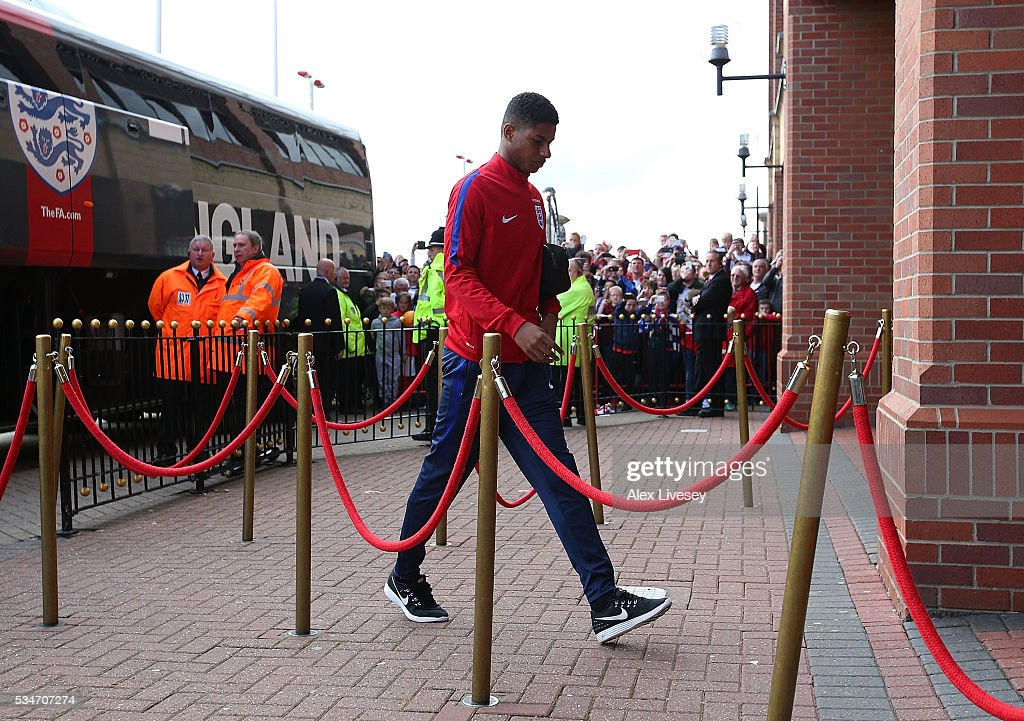 <a gi-track='captionPersonalityLinkClicked' href=/galleries/search?phrase=Marcus+Rashford&family=editorial&specificpeople=13847707 ng-click='$event.stopPropagation()'>Marcus Rashford</a> of England arrives at the ground ahead of the International Friendly match between England and Australia at Stadium of Light on May 27, 2016 in Sunderland, England.