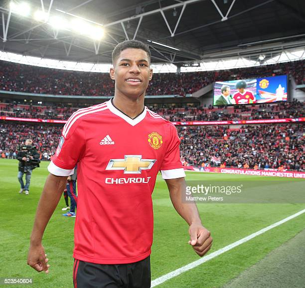 Marcus Rashford of Manchester United celebrates at the final whistle of the Emirates FA Cup Semi Final match between Manchester United and Everton at...