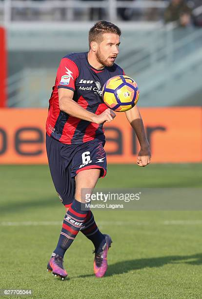 Marcus Rodhen of Crotone during the Serie A match between FC Crotone and UC Sampdoria at Stadio Comunale Ezio Scida on November 27 2016 in Crotone...