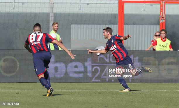 Marcus Rohden of Crotone celebrates after scoring his team's opening goal during the Serie A match between FC Crotone and Torino FC at Stadio...