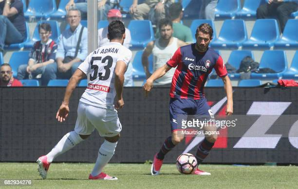 Marcus Rohden of Crotone competes for the ball with Ali Adnan of Udinese during the Serie A match between FC Crotone and Udinese Calcio at Stadio...