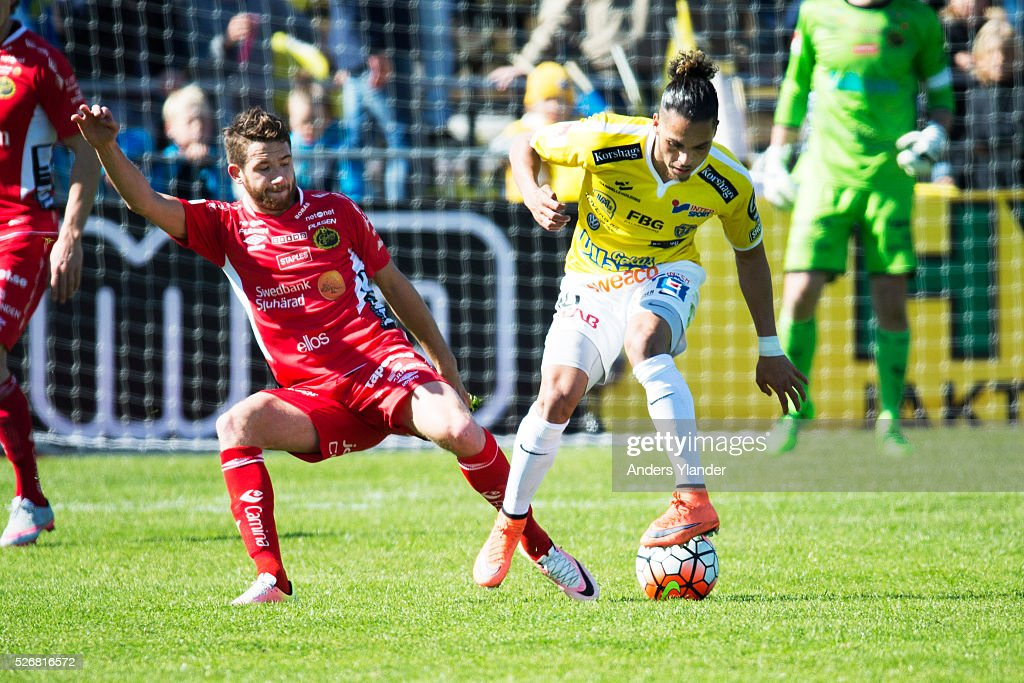 Marcus Rohden of IF Elfsborg and Alexander Jakobsen of Falkenberg competes for the ball during the Allsvenskan match between Falkenbergs FF and IF Elfsborg at Falkenbergs IP on May 1, 2016 in Falkenberg, Sweden.