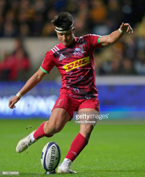 Marcus Smith of Harlequins converts a try during the European Rugby Champions Cup match between Wasps and Harlequins at Ricoh Arena on October 22...