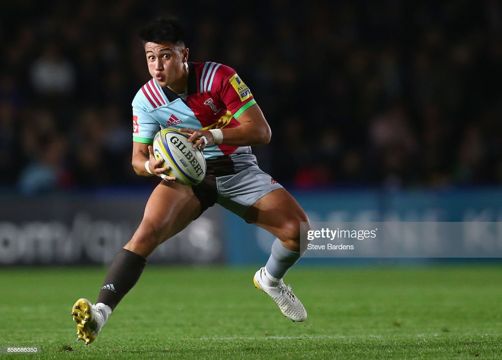 Marcus Smith of Harlequins in action during the Aviva Premiership match between Harlequins and Sale Sharks at Twickenham Stoop on October 6, 2017 in London, England.