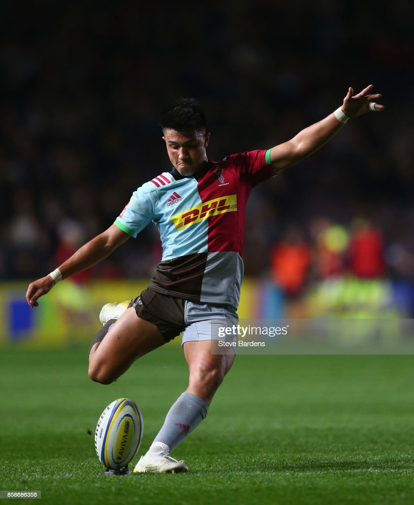 Marcus Smith of Harlequins kicks a penalty during the Aviva Premiership match between Harlequins and Sale Sharks at Twickenham Stoop on October 6, 2017 in London, England.