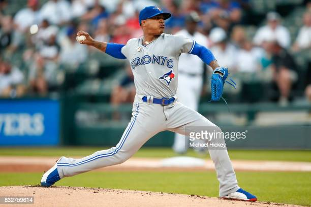 Marcus Stroman of the Toronto Blue Jays pitches during the game against the Chicago White Sox at Guaranteed Rate Field on August 1 2017 in Chicago...