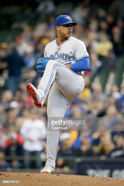 Marcus Stroman of the Toronto Blue Jays pitches in the first inning against the Milwaukee Brewers at Miller Park on May 24 2017 in Milwaukee Wisconsin