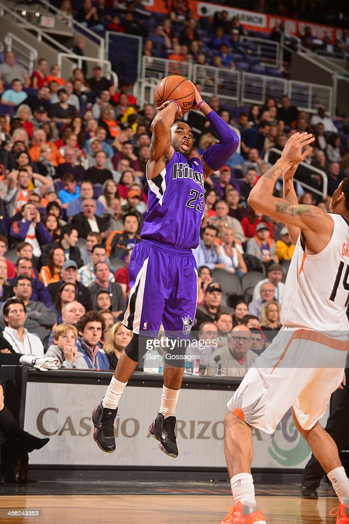 <a gi-track='captionPersonalityLinkClicked' href=/galleries/search?phrase=Marcus+Thornton+-+Basketball+Player+Born+1987&family=editorial&specificpeople=4679329 ng-click='$event.stopPropagation()'>Marcus Thornton</a> #23 of the Sacramento Kings shoots against the Phoenix Suns on December 13, 2013 at U.S. Airways Center in Phoenix, Arizona.
