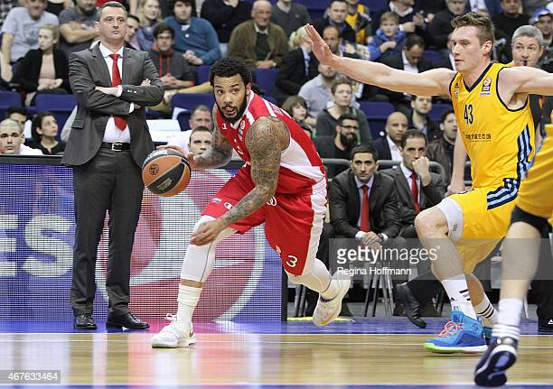 Marcus Williams #3 of Crvena Zvezda Telekom Belgrade in action during the Turkish Airlines Euroleague Basketball Top 16 Date 12 game between Alba...
