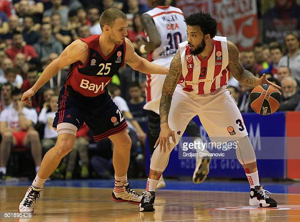 Marcus Williams of Crvena Zvezda Belgrade in action against Anton Gavel of FC Bayern Munich during the 20152016 Turkish Airlines Euroleague game...