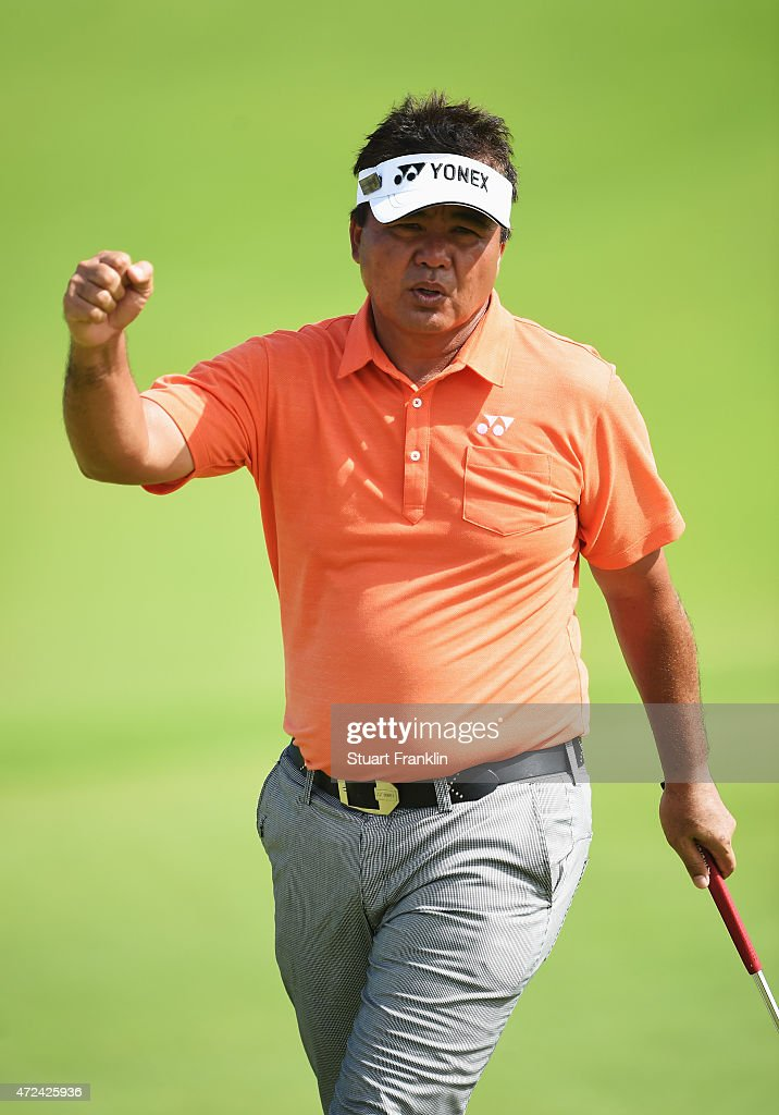 <a gi-track='captionPersonalityLinkClicked' href=/galleries/search?phrase=Mardan+Mamat&family=editorial&specificpeople=220766 ng-click='$event.stopPropagation()'>Mardan Mamat</a> of Singapore celebrates a putt during the first round of the AfrAsia Bank Mauritius Open at Heritage Golf Club on May 7, 2015 in Bel Ombre, Mauritius.