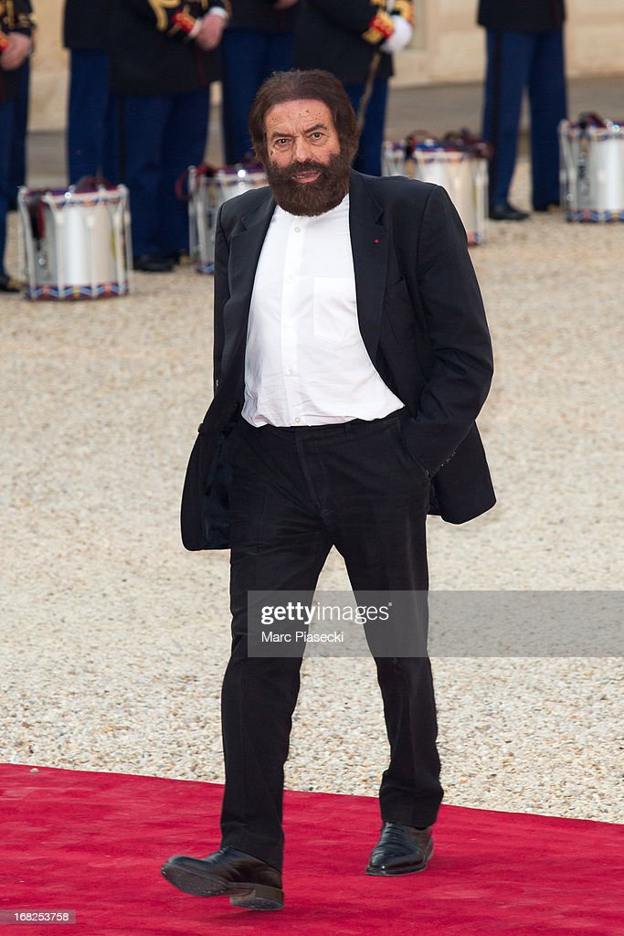 Marek Halter arrives to attend a state dinner at Palace Elysee on May 7, 2013 in Paris, France.
