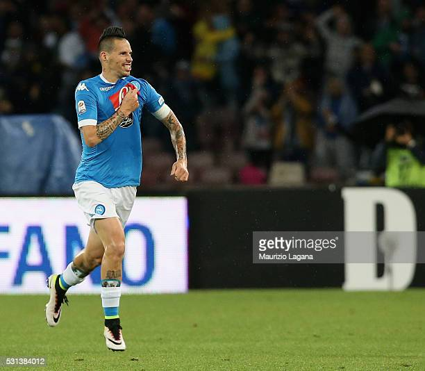 Marek Hamsik of Napoli celebrates after scoring his team's opening goal during the Serie A match between SSC Napoli and Frosinone Calcio at Stadio...
