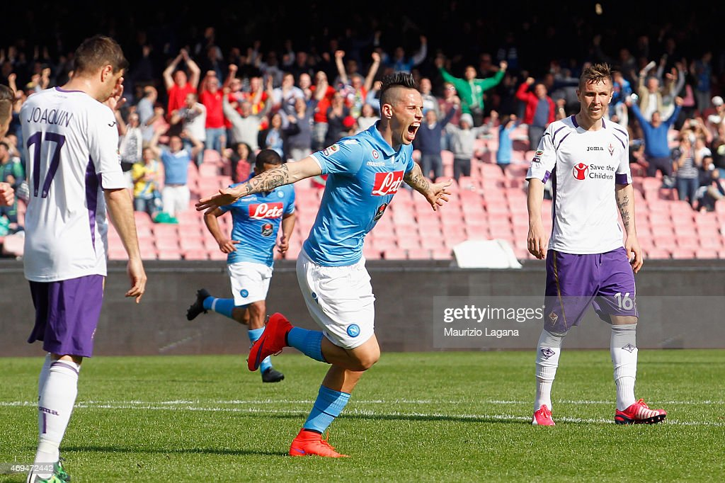 Marek Hamsik of Napoli celebrates after scoring his team's second goal during the Serie A match between SSC Napoli and ACF Fiorentina at Stadio San Paolo on April 12, 2015 in Naples, Italy.
