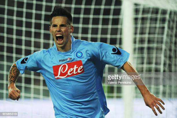 Marek Hamsik of SSC Napoli celebrates his first goal during the Serie A match between Juventus FC and SSC Napoli at Olimpico Stadium on October 31...