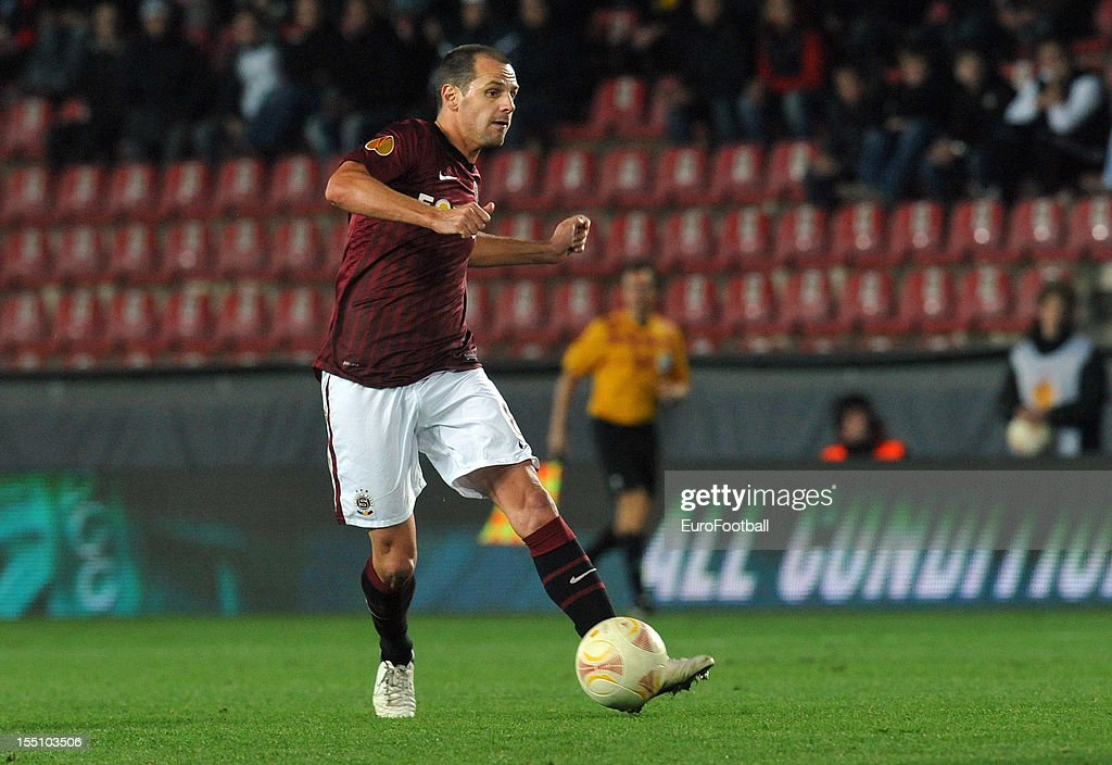 <a gi-track='captionPersonalityLinkClicked' href=/galleries/search?phrase=Marek+Matejovsky&family=editorial&specificpeople=3933822 ng-click='$event.stopPropagation()'>Marek Matejovsky</a> of AC Sparta Praha in action during the UEFA Europa League group stage match between AC Sparta Praha and Hapoel Kiryat Shmona FC held on October 25, 2012 at the Stadion Letna in Prague, Czech Republic.